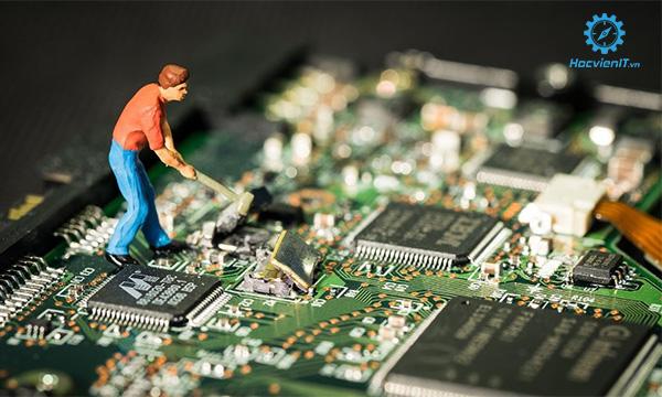 trường dạy nghề sửa chữa máy tính tốt