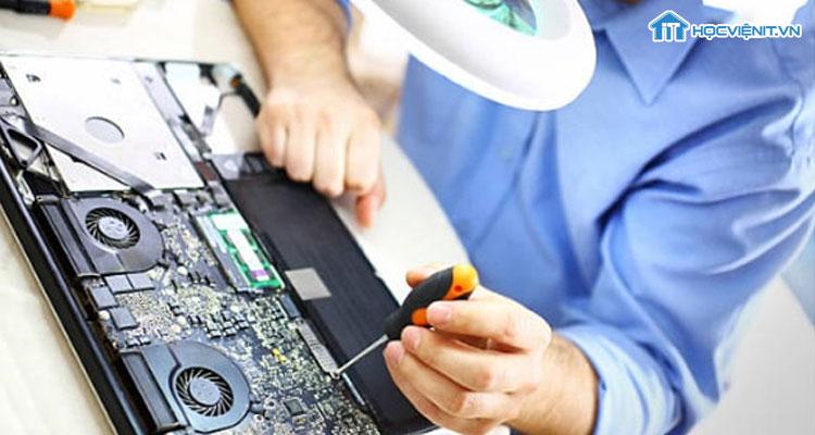 Không khó để trở thành KTV sửa chữa máy tính tại Hà Nội