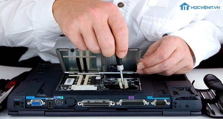 Tích lũy kinh nghiệm sửa chữa máy tính