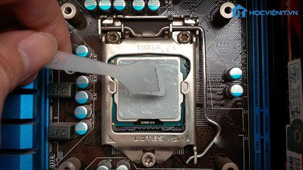 Thay keo tản nhiệt cho CPU
