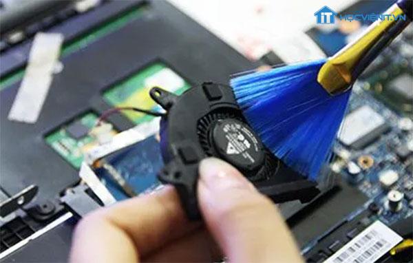Vệ sinh quạt tản nhiệt laptop