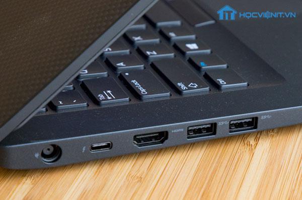 Cổng kết nối của máy tính với bàn phím