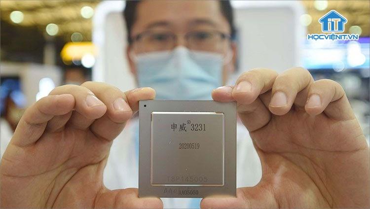 Trung Quốc muốn giảm nhập khẩu chip từ Mỹ