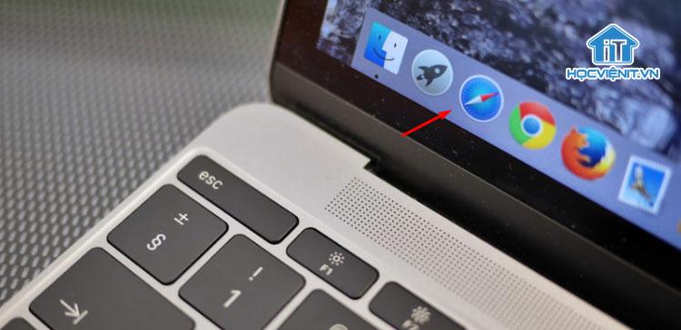 Biểu tượng Safari trên MacBook