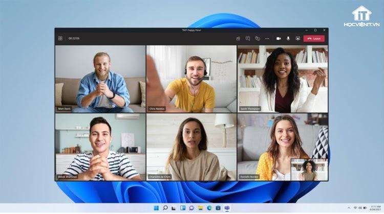 Microsoft Teams cho phép trò chuyện, họp trực tuyến