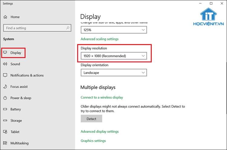 Tại mục Display Resolution chọn độ phân giải phù hợp